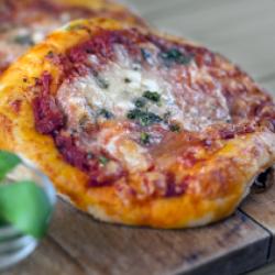 Pizzetta margherita precotta